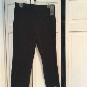 Eileen Fisher NWT Black cotton crop yoga pants- XS